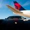 デルタ航空 ポルシェによる空港内移動サービスを米国4空港に拡大